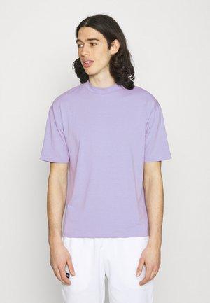 MOCK NECK RELAXED - T-shirt - bas - light purple