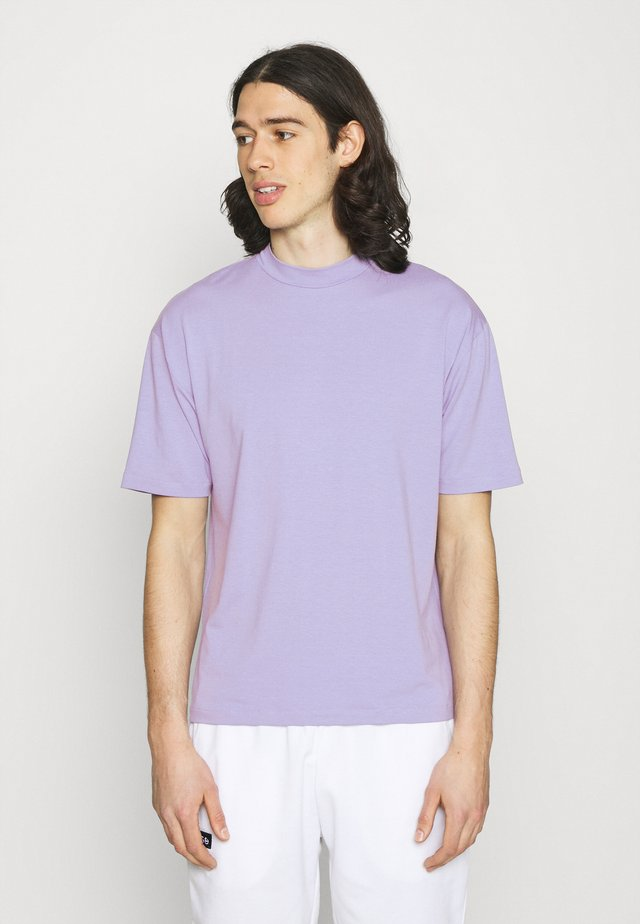 MOCK NECK RELAXED - Jednoduché triko - light purple