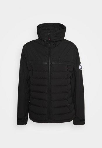 SIVELILI HYBRID WINDRUNNER - Lehká bunda - black