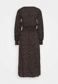 Dorothy Perkins - FIT & FLARE SHEERED DRESS - Day dress - black - 1