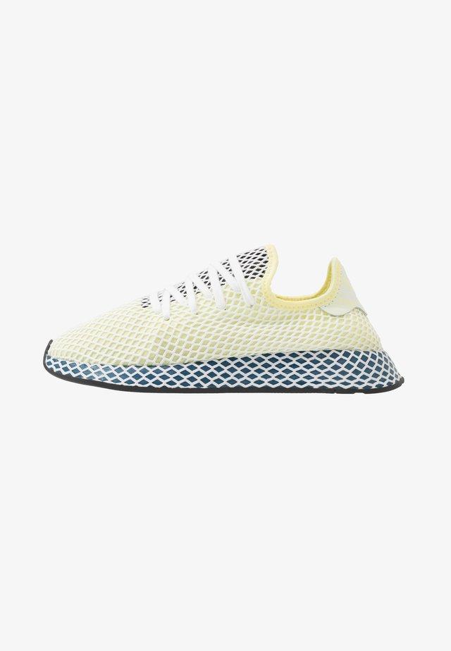 DEERUPT RUNNER - Zapatillas - yellow tint/footwear white/legend marine