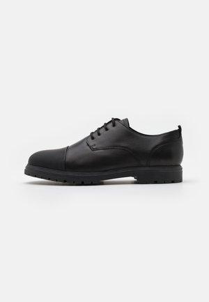 GREYSON - Smart lace-ups - black