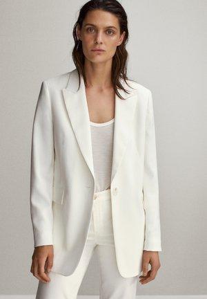 Blazere - white