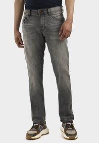 camel active - HOUSTON - Straight leg jeans - grey - 0