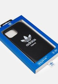 adidas Originals - IPHONE 12/ IPHONE 12 PRO - Phone case - black/white - 2