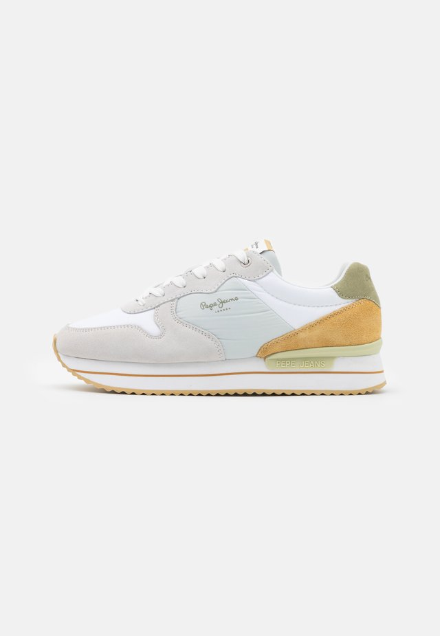 RUSPER YOUNG - Sneakers laag - white