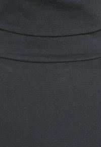 Casa Amuk - TURTLE NECK DRESS - Pouzdrové šaty - asphalt - 2