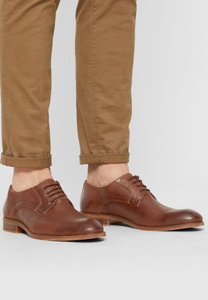 DERBY - Smart lace-ups - cognac