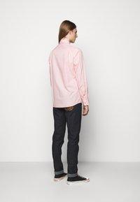Vivienne Westwood - KRALL UNISEX - Shirt - red stripe - 2