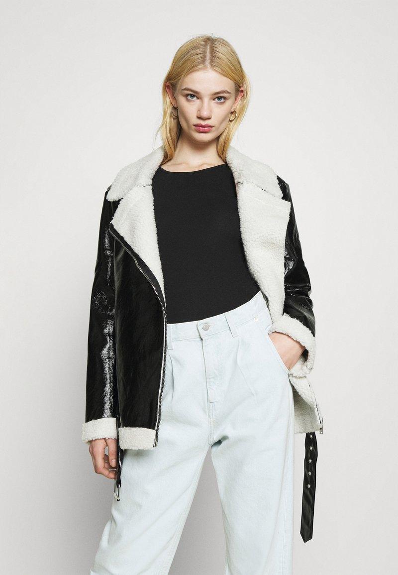 NA-KD - SHINY AVIATOR JACKET - Winter jacket - black/white