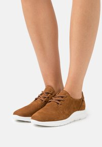 Gabor - Casual lace-ups - brandy - 0