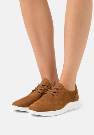 Casual lace-ups - brandy