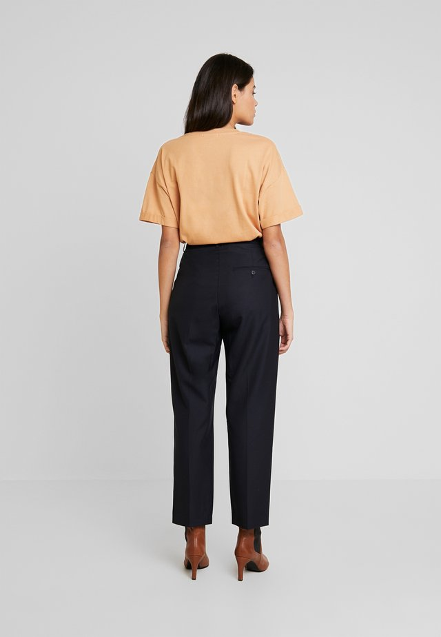 NORTH - Pantalon classique - deep well