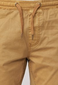 INDICODE JEANS - FIELDS - Trousers - amber - 7