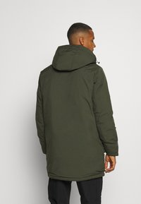 Jack & Jones - JJHUSH - Parka - forest night - 2