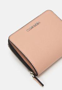 Calvin Klein - WALLET FLAP  - Wallet - pink - 5