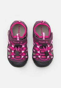 Kamik - CRAB UNISEX - Walking sandals - plum/prune - 3