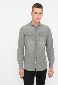 Jack & Jones - JJESHERIDAN SLIM - Shirt - light grey - 0