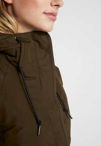 Columbia - SOUTH CANYON - Parka - olive green - 6