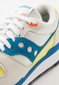Saucony - AZURA - Baskets basses - white/blue/yellow - 5