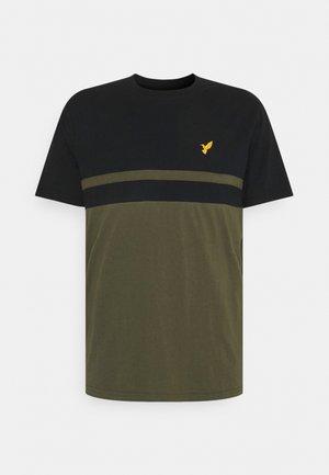 T-shirt med print - black/olive