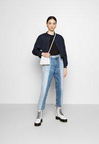 Tommy Jeans - Basic T-shirt - black - 1