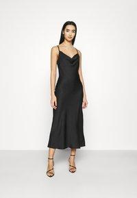 Vero Moda - VMCENTURY OPEN BACK DRESS - Společenské šaty - black - 0