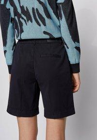 BOSS - TAGGIE - Shorts - open blue - 3