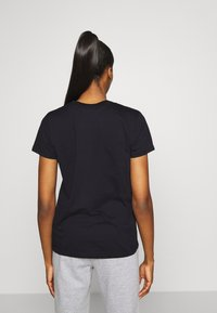 Under Armour - LIVE SPORTSTYLE GRAPHIC - T-Shirt print - black - 2