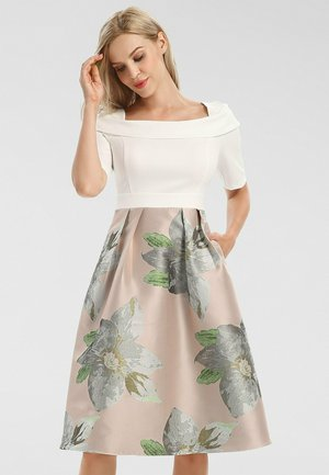 Day dress - cream-multicolor