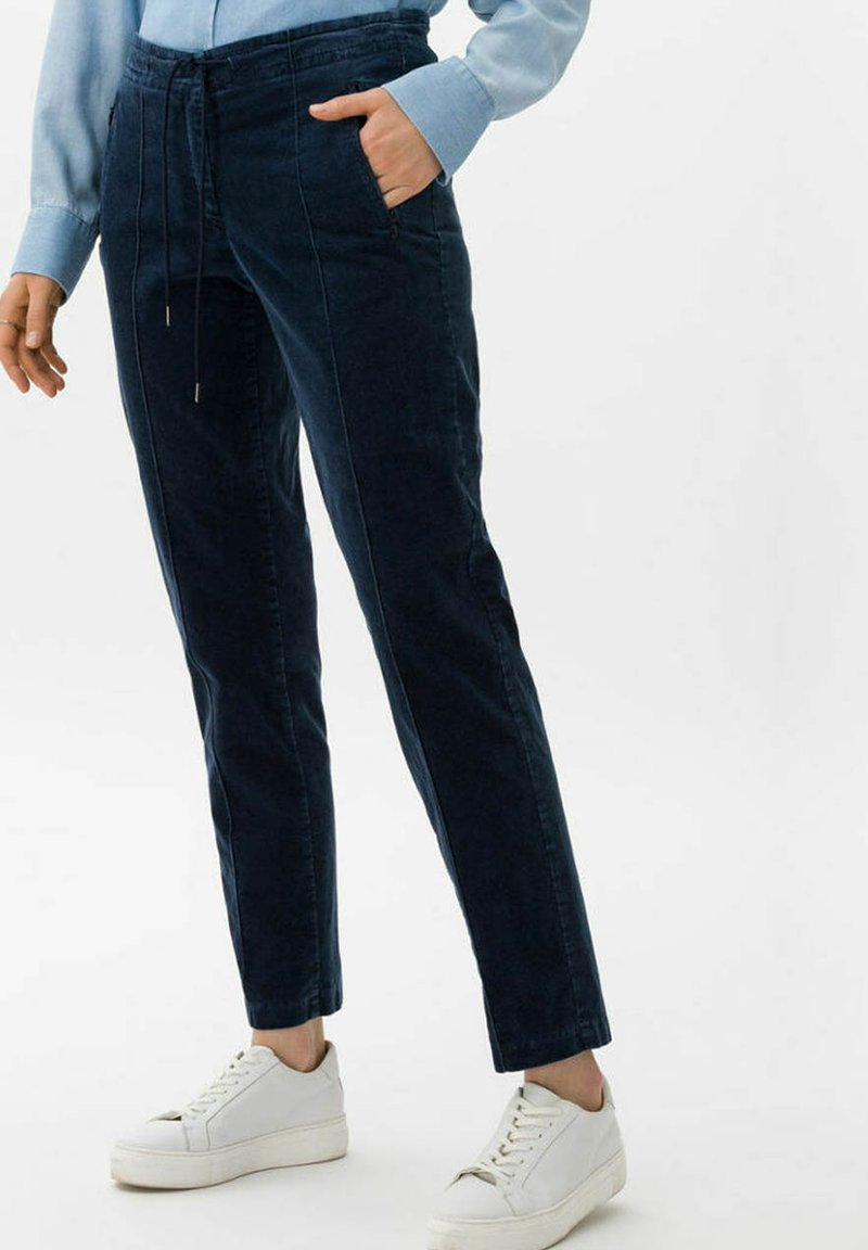 BRAX - STYLE MAREEN - Trousers - faded blue