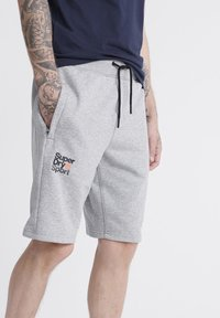 Superdry - SUPERDRY CORE SPORT SHORTS - Shorts - grey - 2