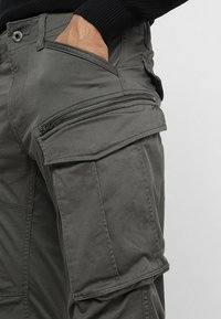 G-Star - ROVIC ZIP 3D STRAIGHT TAPERED - Cargobukser - grey - 3