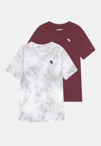 Abercrombie & Fitch - CREW 2 PACK - T-shirt z nadrukiem - dark red - 0