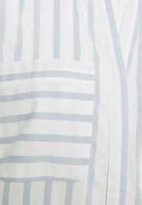 Vero Moda Petite - VMERIKA STRIPE 3/4 SHIRT - Blouse - snow white/blue fog - 5