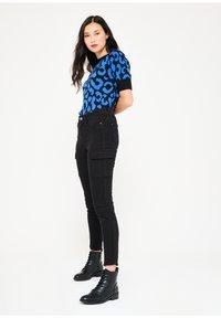 LolaLiza - Slim fit jeans - black - 4