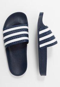 adidas Originals - ADILETTE - Sandalias planas - legend ink/footwear white - 0