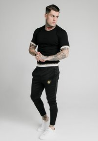 SIKSILK - DELUXE TRACK PANTS - Jogginghose - black - 1