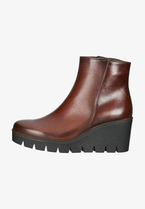 Wedge Ankle Boots - sattel effekt
