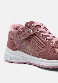 Lurchi - VERA - Casual lace-ups - wildberry - 6