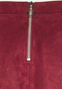 Vero Moda Tall - VMDONNA DINA SHORT SKIRT - Mini skirt - cabernet - 2