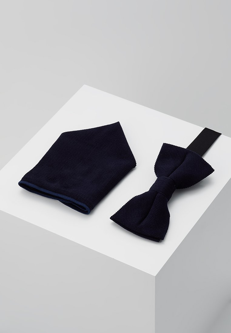 Only & Sons - ONSTBOX THEO BOW TIE HANKERCHIEF SET - Pocket square - dark navy