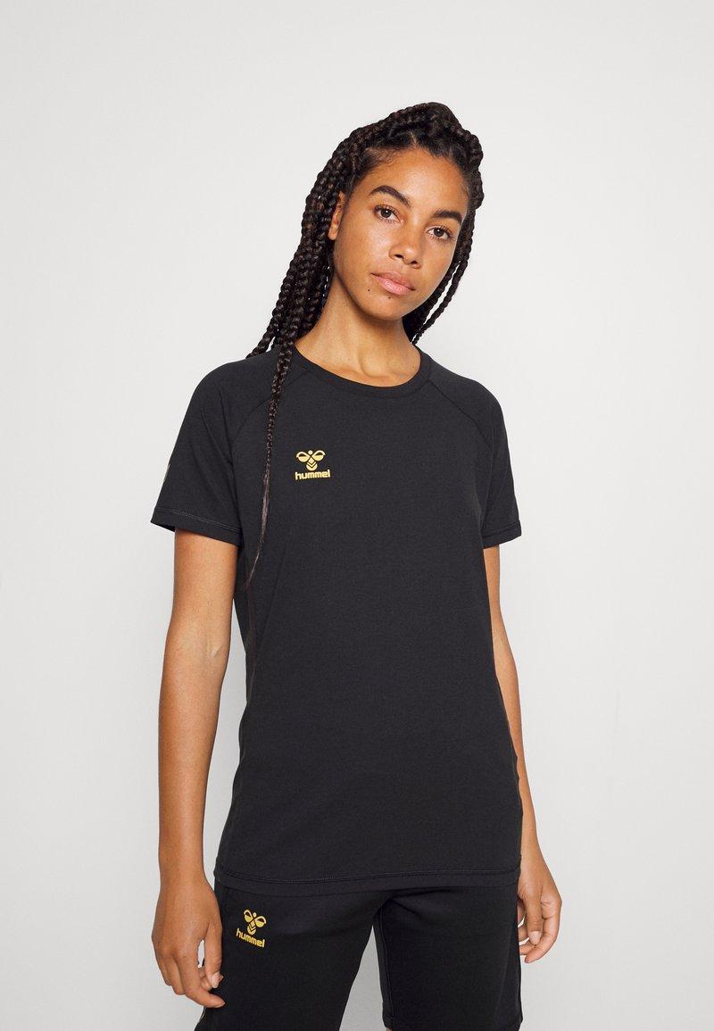 Hummel - CIMA XK WOMAN - Print T-shirt - black