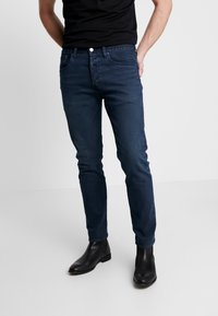 Levi's® - 501® SLIM TAPER - Jean slim - key west sand - 0