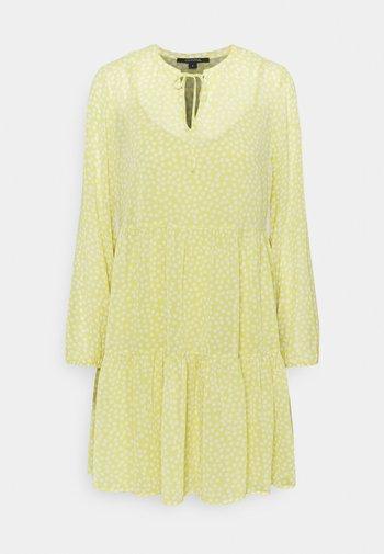 Kjole - light yellow