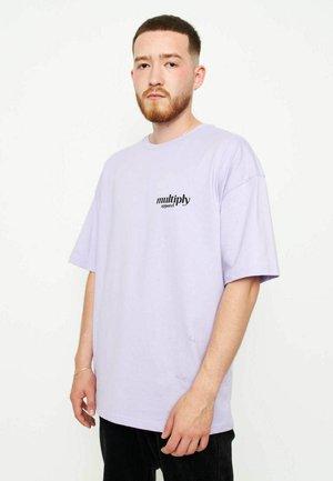 STILL WATCHING - T-shirt basic - purple