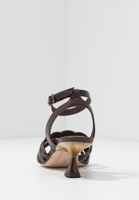 Pedro Miralles - Sandals - coco louisiana/marron nature testa - 5