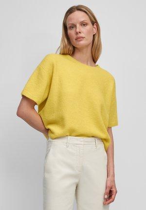 SHORT SLEEVE - Basic T-shirt - dusty lemon