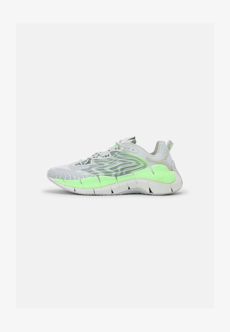 Reebok Classic - ZIG KINETICA II UNISEX - Sneakersy niskie - grey/neon green