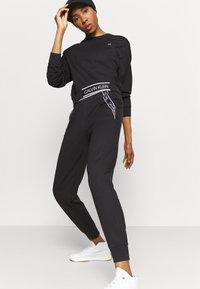 Calvin Klein Performance - Sweatshirt - black - 3